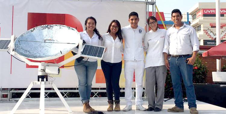 Alumnas de UVM Campus Veracruz crean Colector Solar Térmico que sustituye a estufas convencionales de gas LP y eléctricas