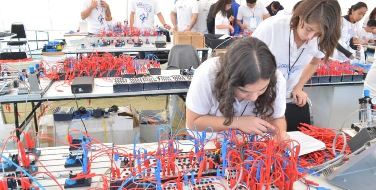 Pasión, Inteligencia y Habilidad, el 12o Desafío en Automatización UVM-FESTO 2016
