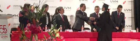 Gradúa UVM Campus Coyoacán a trabajadores de la Comisión Federal de Electricidad