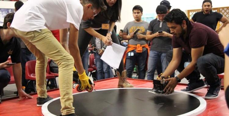 El International Robot Sumo Tournament 2016, el reto más importante de sus vidas: alumnos de UVM Campus Hispano