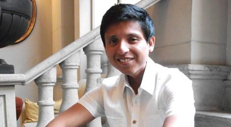 Agustín Rodríguez, ganador del Premio UVM por el Desarrollo Social, venció al cáncer, ahora ayuda a niños hospitalizados a enfrentar el impacto negativo de un hospital