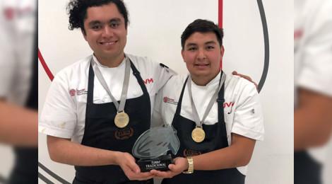 """Estudiantes de UVM triunfan en Certamen """"Chocolatier Junior de Turín"""""""