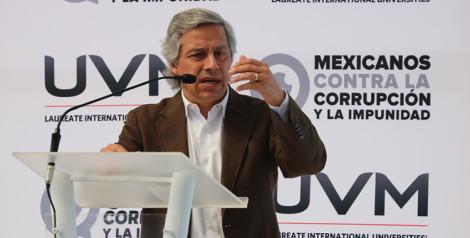 Generación universitaria debe retomar la estafeta en contra de la corrupción e impunidad: Claudio X González, en UVM Campus Tlalpan