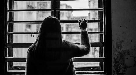 Aislamiento y dejar de comer, focos rojos que podrían significar depresión en adolescentes, Docente de UVM Campus Texcoco